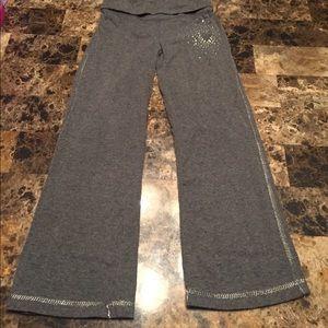 Size 4 grey sweatpants!